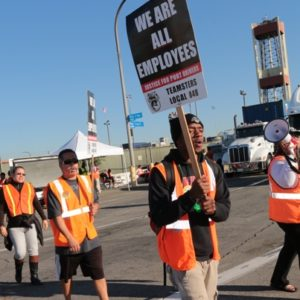 Truckers picketed lines at the International Transportation Services Inc. Terminal and three other locations in the Harbor Area. Photos by Slobodan Dimitrov