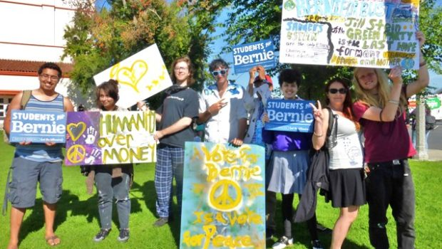 """Bernie Sanders' supporters at the Long Beach City College """"Get Out the Vote"""" rallied for presidential contender Hillary Clinton. Photo by Diana Lejins"""